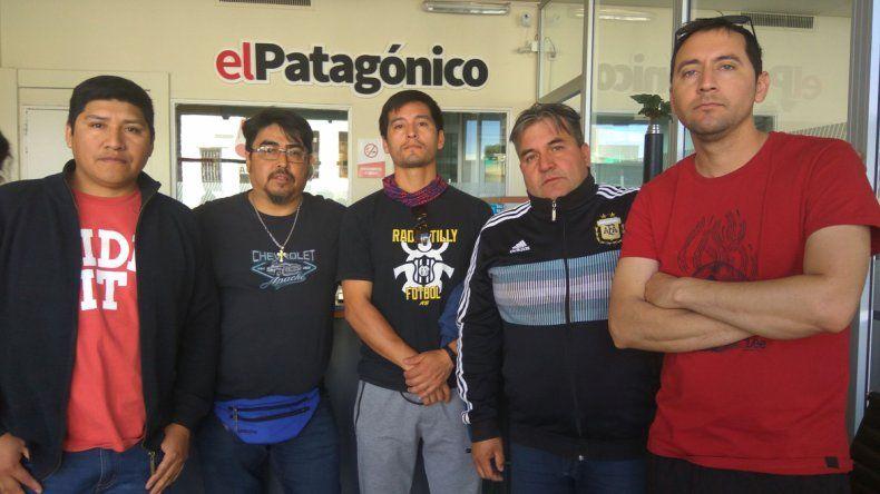 Una lista opositora a José Santiago pide que se convoque a elecciones en el Sindicato de Trabajadores de Obras Sanitarias.