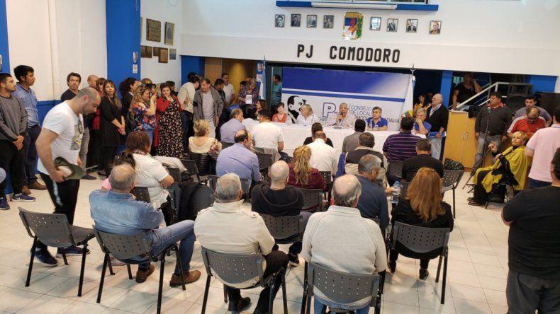 El PJ Chubut celebró un plenario ayer en el Consejo de Localidad de Comodoro Rivadavia y allí resolvió las desafiliaciones.