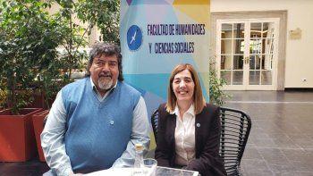 René Silvera, secretario de Extensión de la Facultad de Humanidades y María Rosa Segovia, prosecretaria académica de dicha facultad.