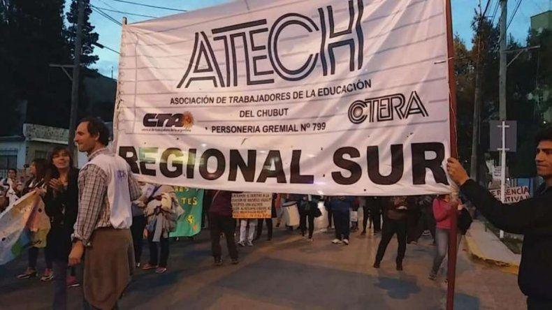 ATECh convocó a Linares y Juncos a expresarse sobre el conflicto