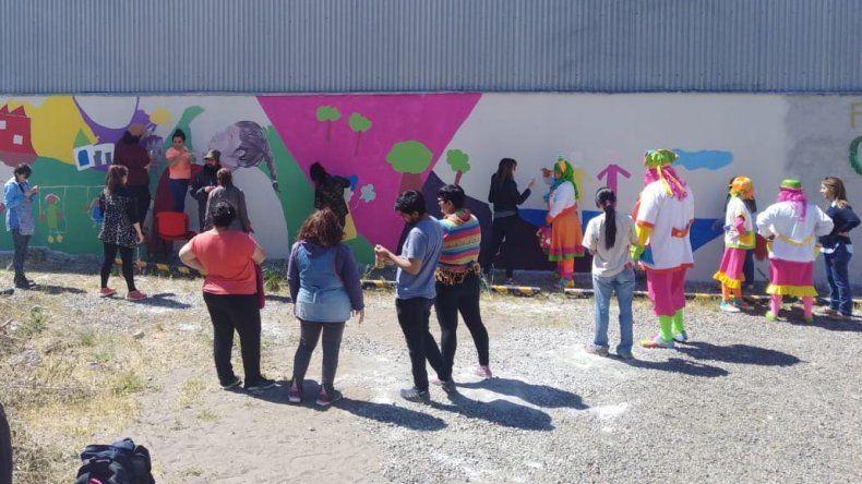 Muralistas embellecieron la ciudad