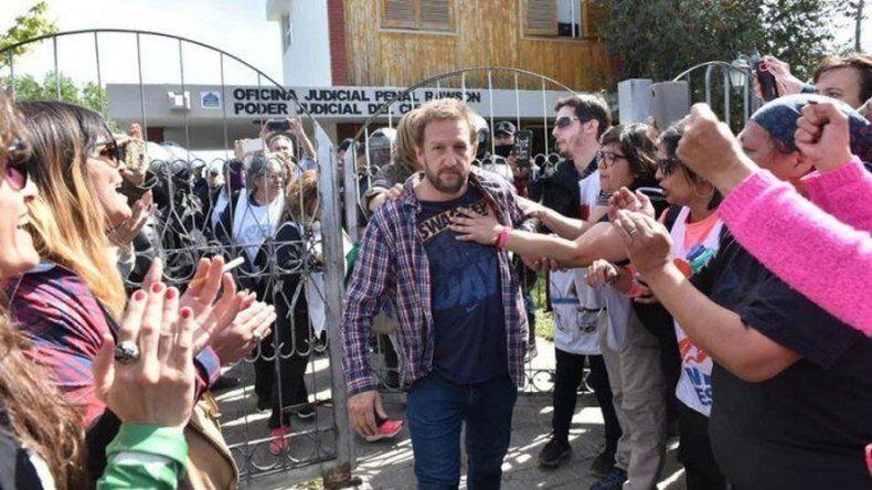 Hugo Moyano tildó de lamentable lo que ocurre en esta provincia