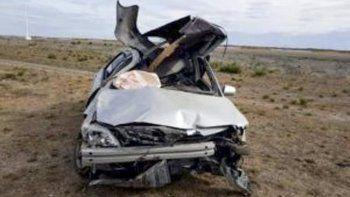 El expiloto de automovilismo deportivo conducía un Toyota Corolla que quedó destrozado al volcar en cercanías de Jaramillo.