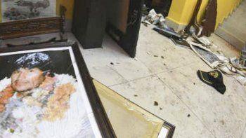 La casa del derrocado presidente boliviano fue saqueada e incendiada.