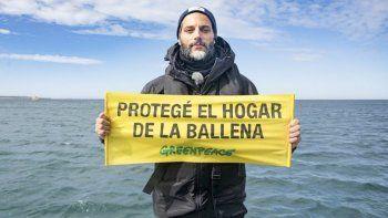 Joaquín Furriel: es urgente proteger el hogar de nuestras ballenas de las amenazas de la industria pesquera.