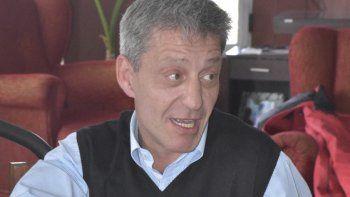 En dos años de mandato, Arcioni solo pagó durante seis meses los sueldos en tiempo y forma.