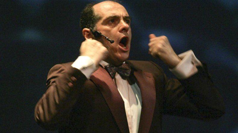 Marcelo Arce se presenta este sábado en Comodoro Rivadavia con un espectáculo sobre Freddie Mercury.