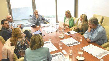 Legisladores provinciales continúan analizando los detalles del proyecto.