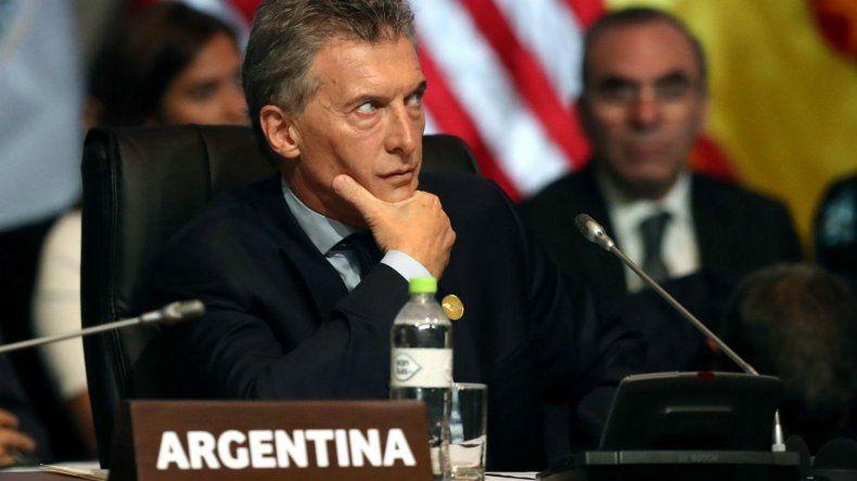 Imputaron a Macri por perjudicar la soberanía nacional