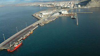 protesta de estibadores en el puerto local