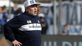 Alberto Fernández recibe a Diego Maradona