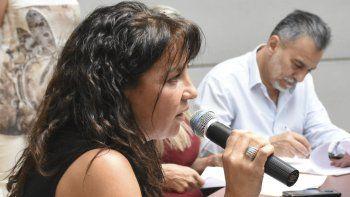 Otarola pidió en la sesión ponerle fecha al tratamiento de un proyecto suyo para asistir a víctimas de la violencia de género.