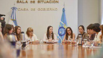 La ministra Vega recibió a la Mesa de Enlace Interpoderes de Prevención y Erradicación de la Violencia de Género.