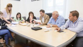 El acto licitatorio de ayer fue encabezado por el viceintendente Luque, junto a miembros del gabinete.