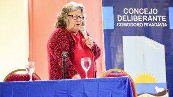 La vecinalista de Restinga Alí, América Melión cuestionó la calidad del servicio de transporte público y se opuso al aumento de tarifas en nombre de los habitantes de su barrio.