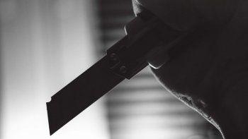 Una mujer fue asaltada a una cuadra de una comisaría