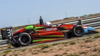 El auto de Thomas Micheloud que este fin de semana competirá en el autódromo Roberto Mouras de La Plata.