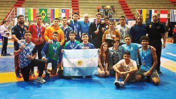 Chubutenses se destacaron en el Sudamericano de Lucha
