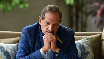 alperovich ratifico el pedido de licencia tras la denuncia por violacion