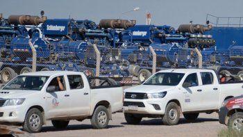 petroleros de neuquen a la espera de unos 600 telegramas de despido
