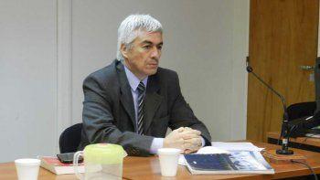 El juez Gustavo Castro ordenó la detención del sacerdote.