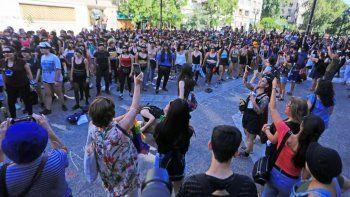 intervencion del grupo chileno lastesis se replica en todo el mundo