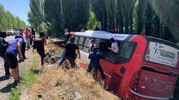 Un muerto y casi 20 heridos en un fatal choque
