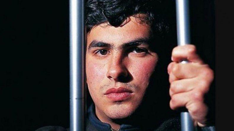 Asesinó de 113 puñaladas a su novia y recuperará la libertad en febrero