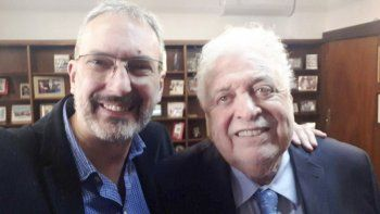 Ginés González García junto a l ministro de Salud de Chubut, Fabián Puratich.