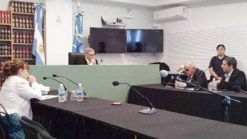 El imputado se defiende a partir de las diferencias en la cantidad de langostino incautado antes y después de que él cumpliera funciones. Le apunta a Adrián Awstin, ratificado ayer como secretario de Pesca por Arcioni.