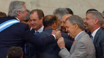 Arcioni entre los gobernadores que acompañó la asunción de Alberto Fernández