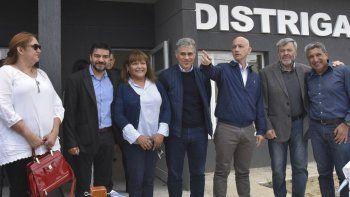 Autoridades municipales, provinciales y nacionales acompañaron a directivos de Distrigas en la inauguración del edificio propio en el barrio Mirador.