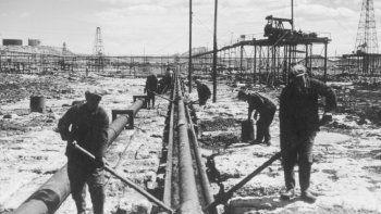 Hacia fines de la década de 1940 se sentaron las bases del sindicalismo petrolero moderno en Comodoro Rivadavia.