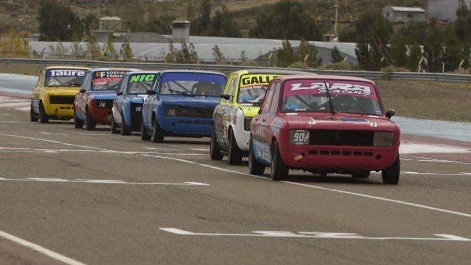 El automovilismo iniciará esta tarde el Gran Premio Aniversario Día del Petróleo.