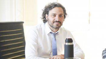 El jefe de Gabinete, Santiago Cafiero, desestimó que el Gobierno nacional esté estudiando un congelamiento de tarifas.