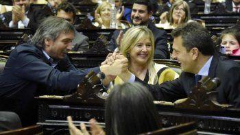 el oficialismo busca sancionar proyecto de solidaridad social
