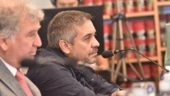 Formalizan la investigación contra el expresidente de Lotería por violencia de género