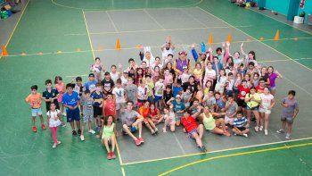 Las colonia deportivas de verano arrancaron con todo en Rada Tilly.