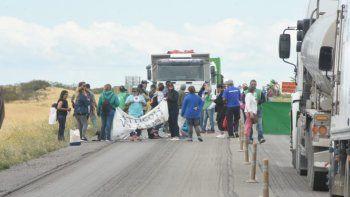 Volvieron a cortar el acceso a Madryn por Ruta 3