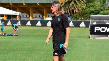 Beccacece espera tener mejor suerte con Racing, tras dirigir hasta hace unos meses a Independiente.