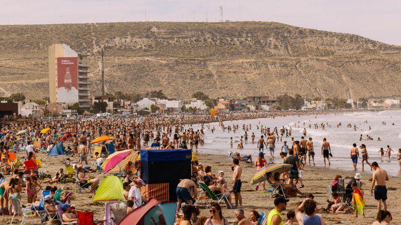Jugá limpio en la playa, la campaña de Rada Tilly para generar conciencia ambiental