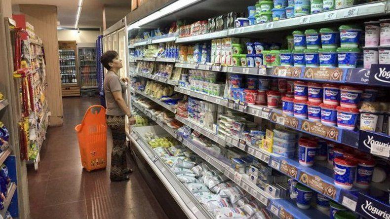 La inflación de enero fue del 2,3% y acumuló 52,9% en un año