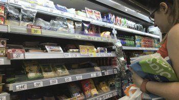 Alimentos y bebidas registró un alza del 56,8 por ciento en el acumulado del año.