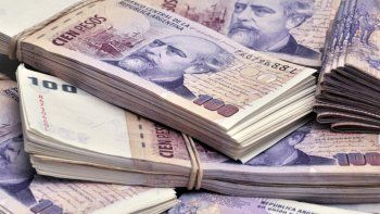 un chubutense perdio $142 mil y se los devolvieron