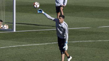Andrada no jugó los dos amistosos que disputó Boca recientemente. Lo evaluarán el viernes.