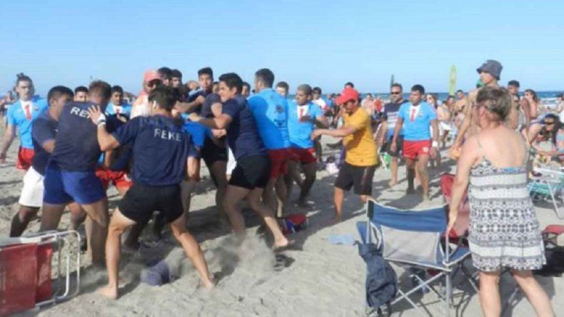 Chubutenses terminaron a las piñas en la final de un Seven de rugby