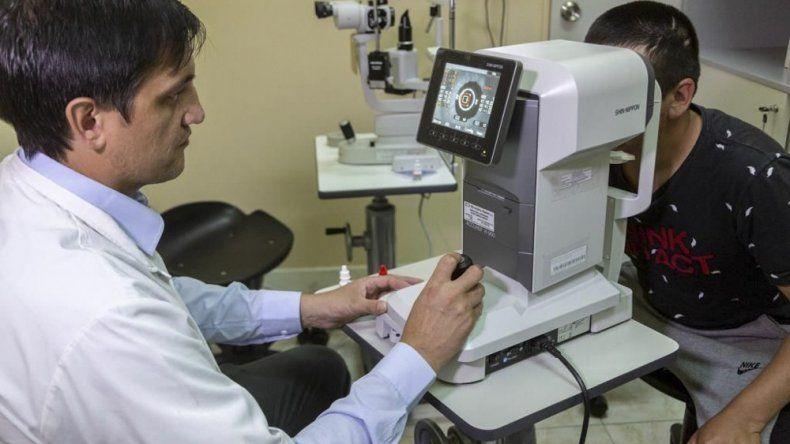 El primer Consultorio Oftalmológico Municipal cuenta con equipos de última generación.