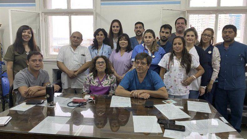 El equipo de profesionles de Pediatría del Hospital Regional ofreció ayer una conferencia de prensa.