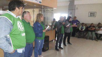 trabajadores de la salud de comodoro se movilizaran en las rutas el miercoles