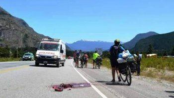 Ciclista murió al caer de cabeza contra el asfalto
